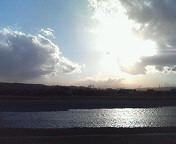 多摩川が神々しく輝いている